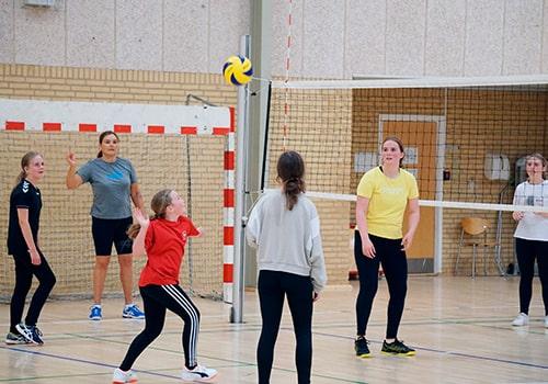 kids volley